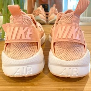 how to tie dye a t shirt with rubber bands Buy 2019 Hot Sale Light Women Athletic Shoes Sport Sneakers